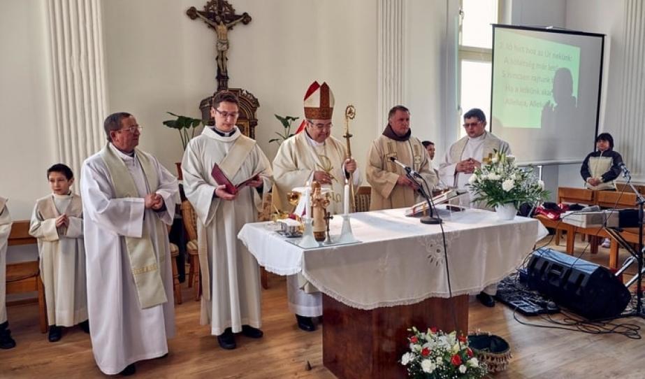 Kápolnaszentelés Petrozsényban
