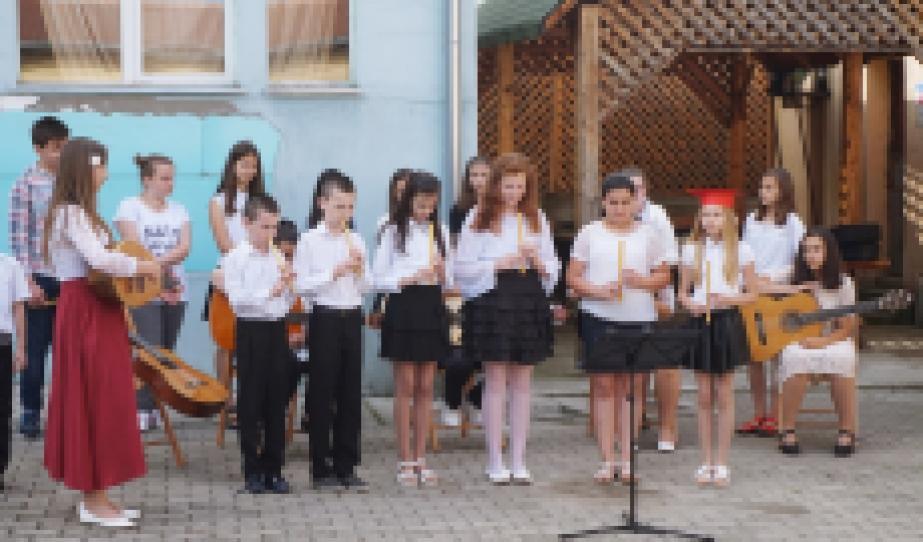 Furulya zenekar (2. és 4. osztály)