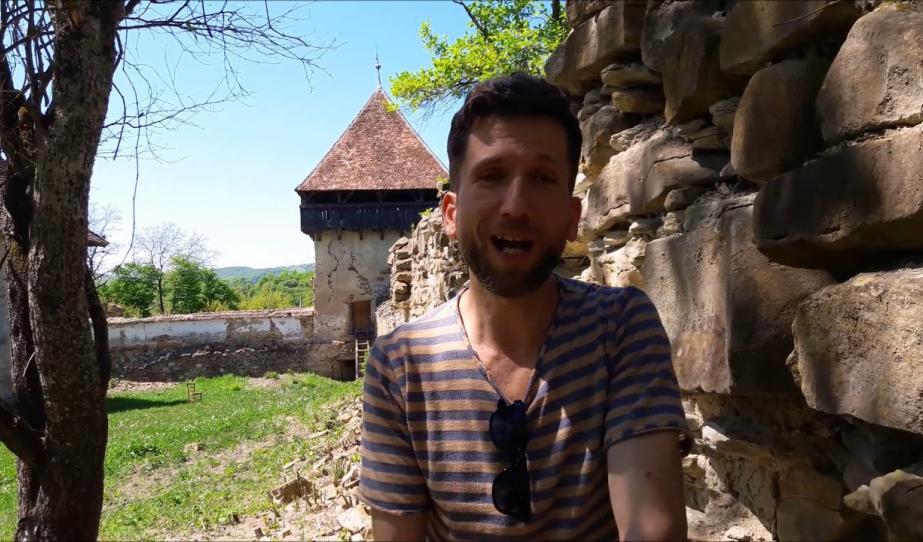 Fehér Csaba marosvásárhelyi énekes Kóboron