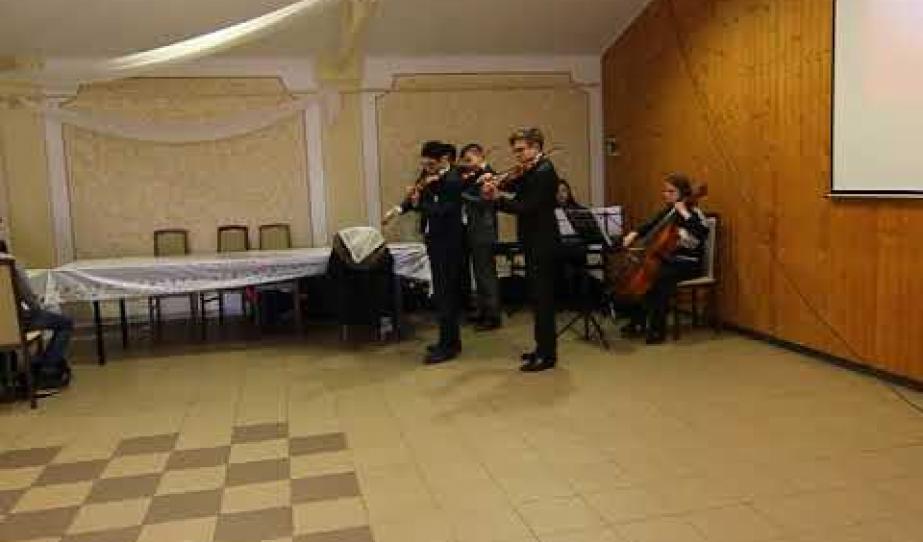 Karl Jenkins Palladio-Döme József és zenekara