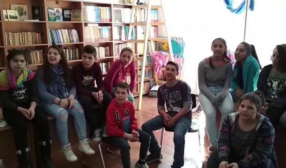 Petrozsényi gyerekek készülődése március 15-re