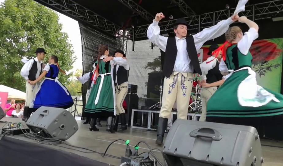 A Szászrégeni Magyar Napok szabadtéri programjaiból