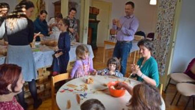 Szorgos Kezek- családi kézműves műhely