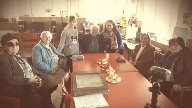Tanítványommal és öt fantasztikus kárásztelki adatközlő nénivel