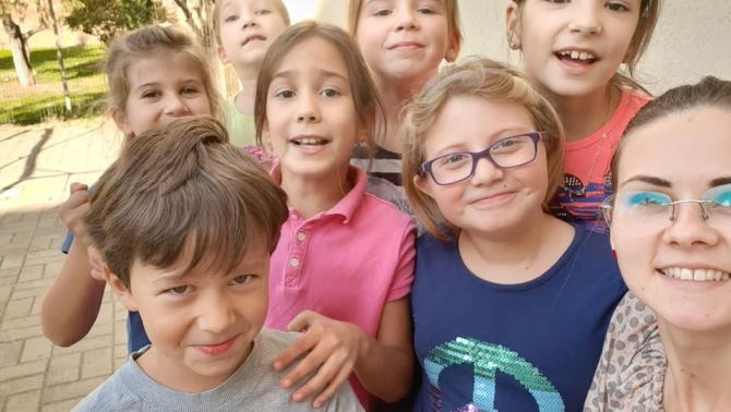 Gyerekek a délutáni programban