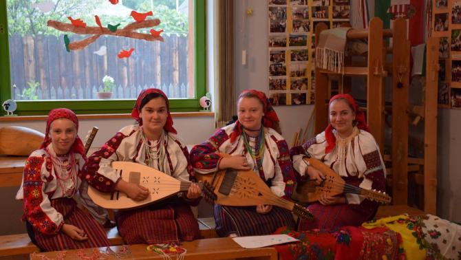 Népművészeti tábor Pusztinán
